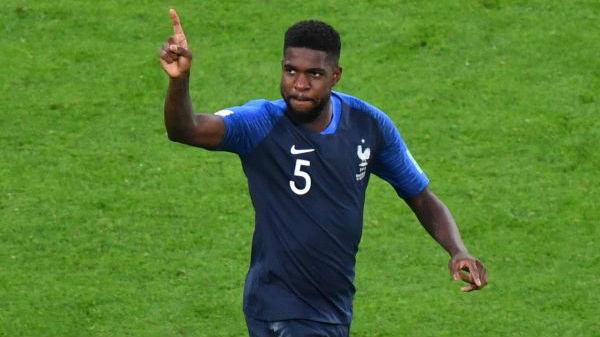 """""""混血军团""""重建世界杯秩序?非洲裔球员助""""高卢雄鸡""""昂首前行"""