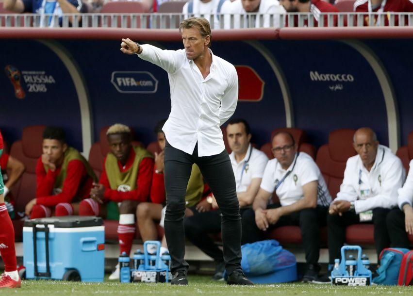 """谁才是世界杯的时尚精?外媒盘点各家主帅的""""男人装"""""""