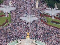 F-35首秀伦敦!英百架战机接受女王检阅