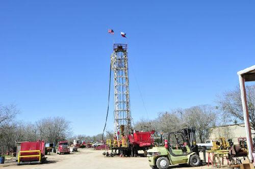 美媒:美明年石油日产量将增至1180万桶 或再成最大产油国