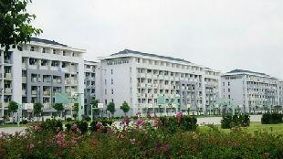 锐参考 | 为什么中国学生要给留学生腾宿舍?
