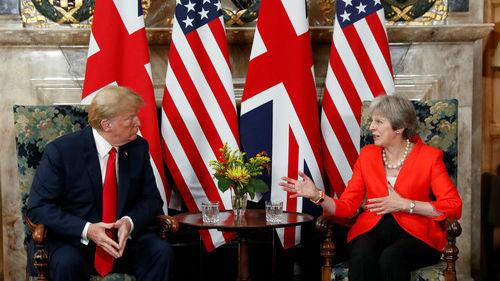 外媒称特朗普英国之行争议不断:抨击英首相 指责伦敦市长