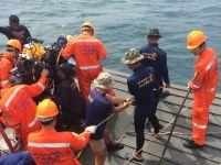中泰救援力量在事故海域尝试打捞最后一具遇难者遗体