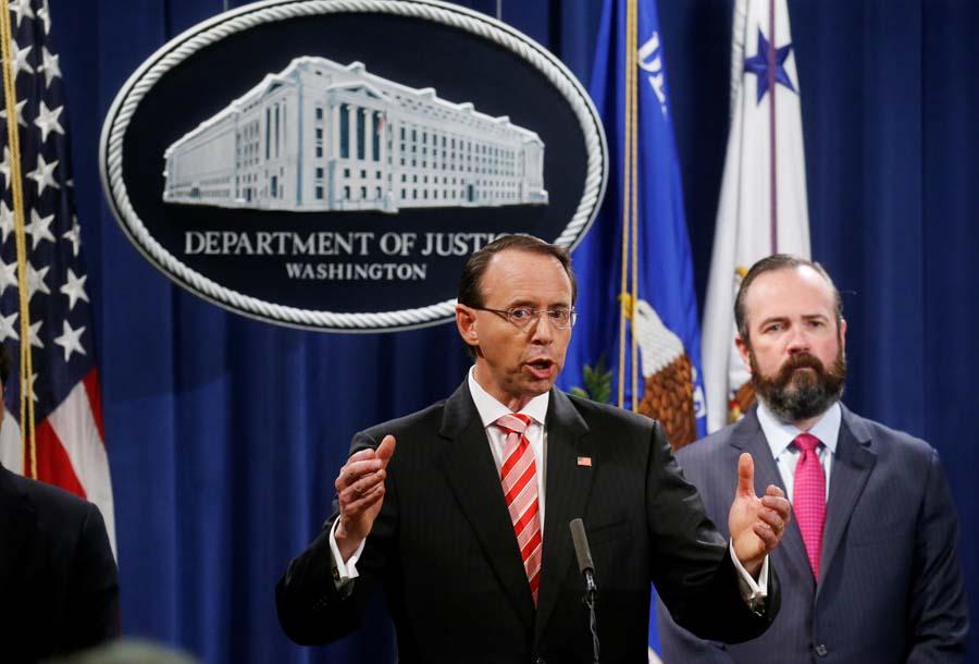 """""""通俄门""""调查团队再起诉12名俄罗斯人"""