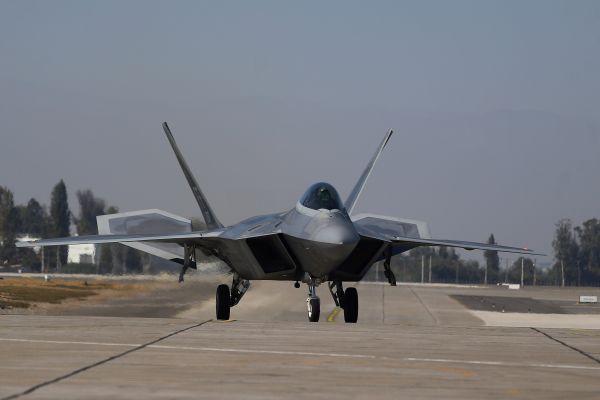 日F-2战机替代机型倾向洛马方案 以F-22为参照机型