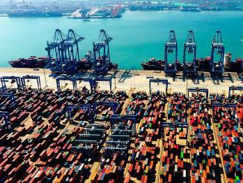 外媒关注中国经济:GDP同比增长6.8% 上半年平稳收官