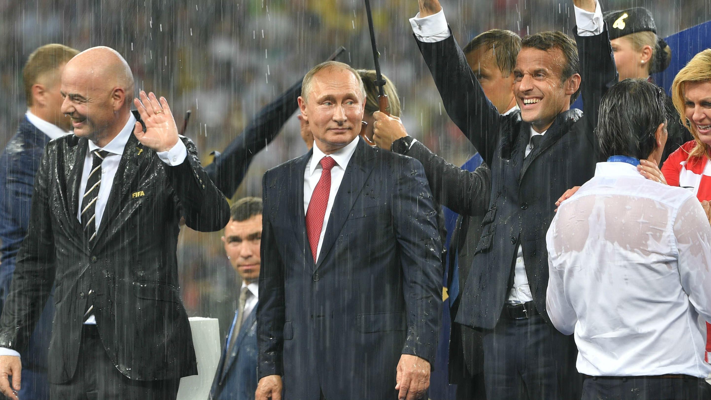 """完美组织展现俄""""新形象"""" 国际足联主席称爱上俄罗斯"""