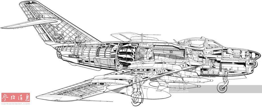 """米格-17""""壁画""""(北约代号)高亚音速喷气式战机,由苏联米高扬设计局基于米格-15改进而来,1952年10月正式投入服役,除装备苏联空军外,还出口到中国、波兰、原东德、埃及等国,总产量超过1.5万架。该机武器系统基本沿用米格-15,包括2门23毫米NR-23航炮和1门37毫米N-37航炮。图中的米格-17PM是配备有雷达和K-5(北约代号AA-1""""碱"""")空空导弹的改进型。"""