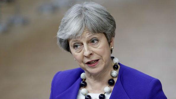 英媒:英首相以提前大选作筹码挫败亲欧议案 暂保首相之位