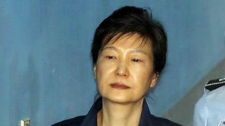 韩媒:韩国前总统朴槿惠二审再被判8年 刑期总计32年