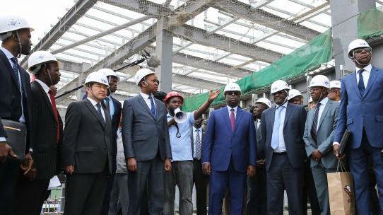 中国助力西非国家发展基建 俄媒:法国公司让位给中企