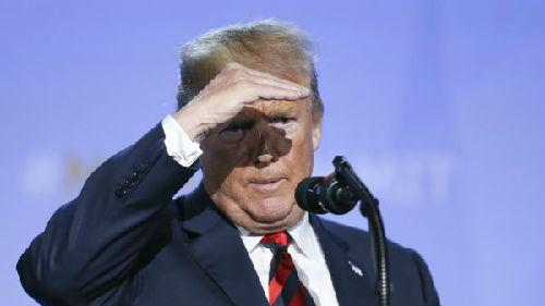 """特朗普打破传统对美联储加息""""不高兴"""" 外媒:结果美元跌了"""
