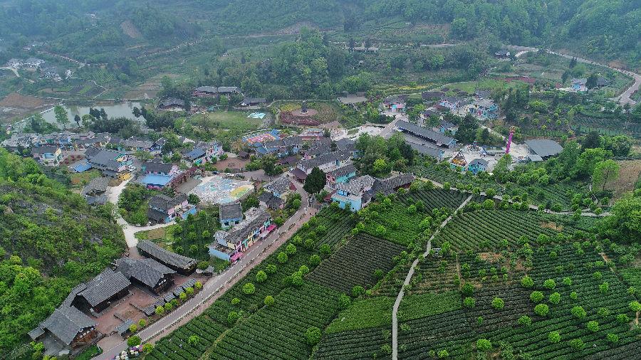 """台媒:大陆旅游景点""""推陈出新"""" 令台湾游客目不暇接"""