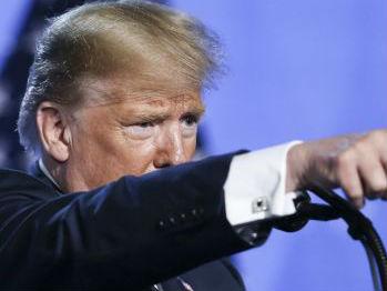 美媒:特朗普面对警告一意孤行 汽车税恐伤及美国经济
