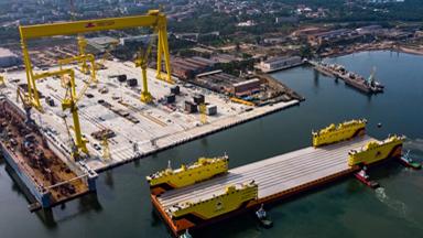 技术领先!俄造船厂引进中国造4万吨浮船坞