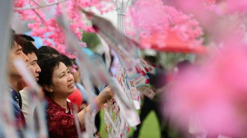 美媒称中国父母挑女婿绕开高富帅 有钱但其貌不扬最合适