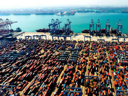 美国为GDP大涨兴奋 但IMF提醒:中国正步步紧逼世界第一