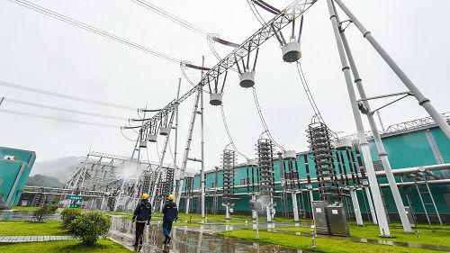 中国今夏或遭遇电力紧张 日媒:解决输电问题是关键
