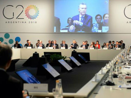 英媒预测贸易保护令世界经济踩刹车:美将丧失增长动力
