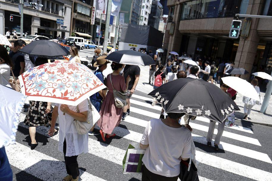 日本持续高温天气致3个月内125人中暑死亡
