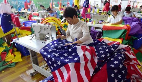 美拟调高2000亿美元中国商品关税 中方:搞贸易讹诈是徒劳