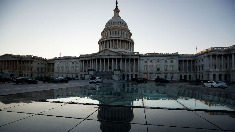"""不顾中方反对,美国会执意通过含鼓吹""""美台军事交流""""法案"""