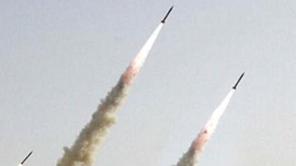 """以军跨国空袭欲摧毁伊朗""""陆桥"""" 造成大批伊拉克民兵丧生"""