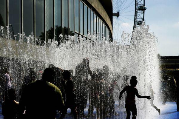 研究指出:气温升高将令穷国经济变冷