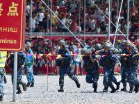 """中国参赛队获""""国际军事比赛-2018""""海上登陆赛求生赛团体第一"""