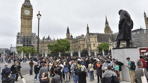 英媒:为吸引中国游客 英国旅游局寻求中国合作商