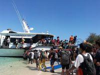 印尼转移震区受困游客 已有39名中国游客撤至安全地区