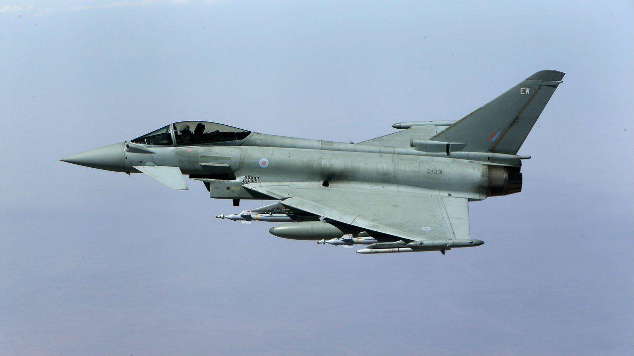 惊险!西班牙战机在俄边境附近误射导弹 弹体下落不明