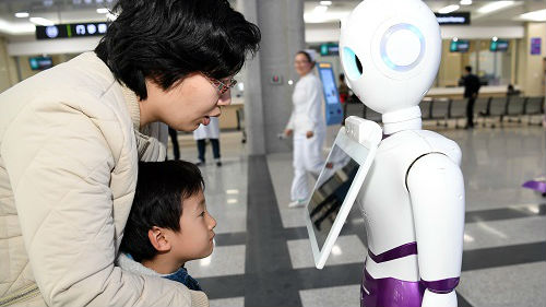 """日媒关注中国医疗巨变:""""互联网+""""提升医疗服务水平"""