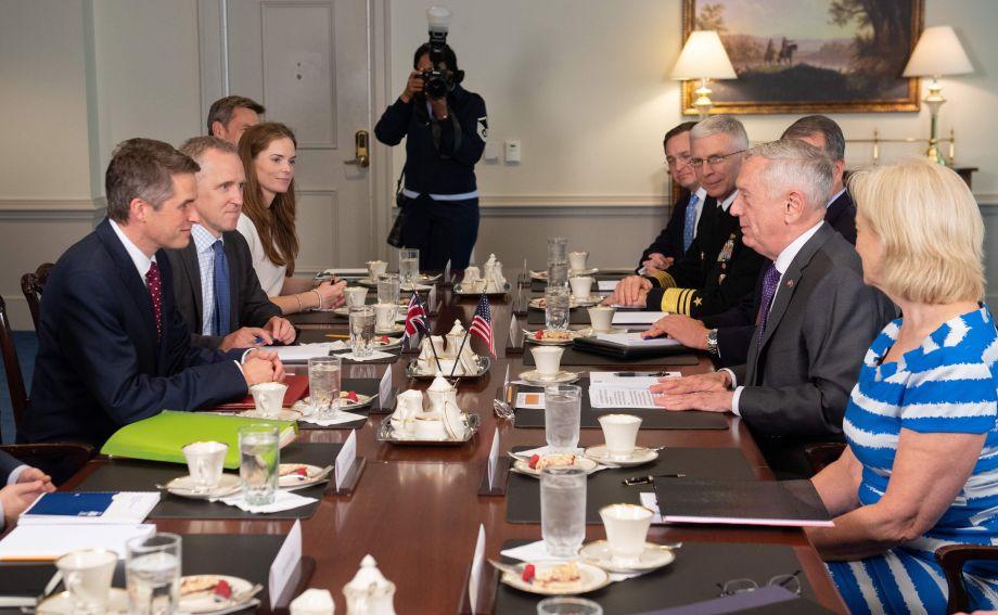 英国国防大臣:伊核协议是所能达成的最好协议