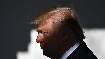 """美国因""""毒杀前特工""""案制裁俄罗斯 或全面停止对俄出口"""