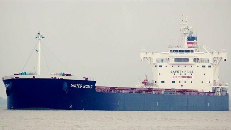 外媒称美大豆船徘徊月余终于靠岸卸货:加税后首批入华大豆