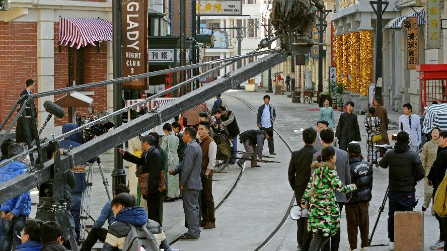 """港媒:中国对演员""""天价""""片酬设上限 单部电视剧5000万封顶"""