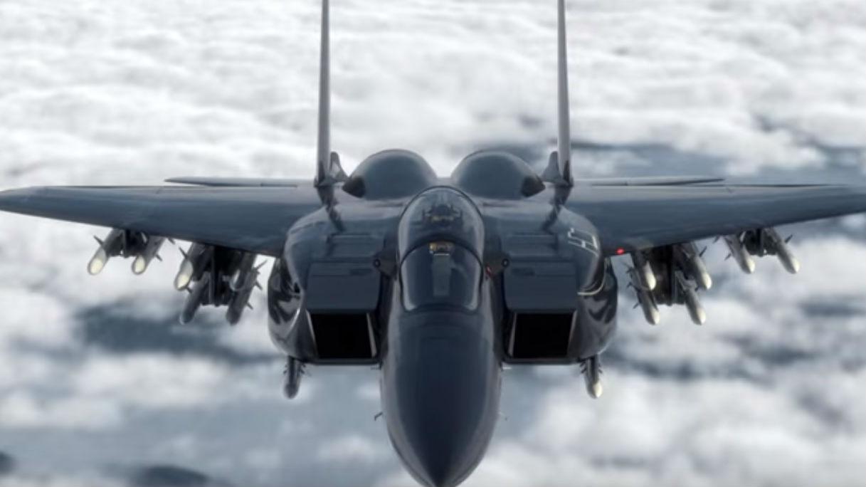 美媒:美空军欲购F-15X?能挂22枚导弹但单价接近F-35