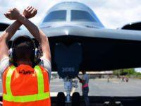 威慑中俄!美3架B-2隐身轰炸机将驻关岛