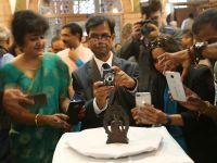 佛像失窃57年后重返印度