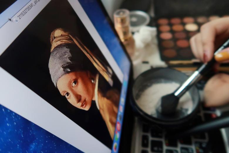 """""""戴珍珠耳环的中国少女"""":中国另类仿妆术惊艳外媒"""