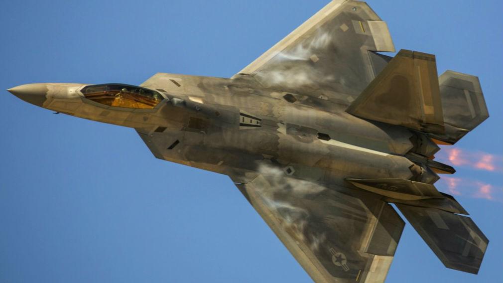 """军情锐评:美国向日本出口F-22技术?实为第3次""""技术阉割"""""""