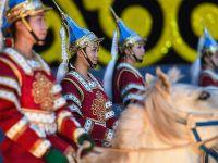 中国·呼和塔拉蒙古马文化艺术周在呼和浩特拉开帷幕