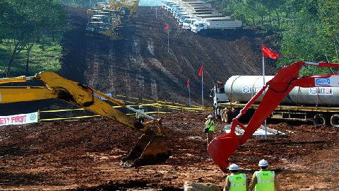 中国为何赢得印尼基建项目?外媒:美国正变得不可靠