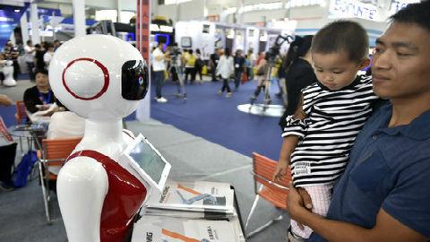 韩报告:中国服务机器人产业价格优势明显 质量仍落后于欧美韩