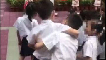 中国一幼儿园演钢管舞引争议 在华美籍家长:正设法让孩子退学