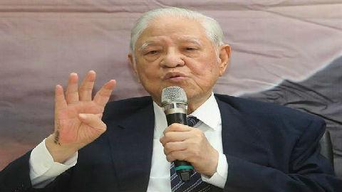 """李登輝""""卸任禮遇金""""年列868萬新臺幣 臺網友:臺灣要破產"""