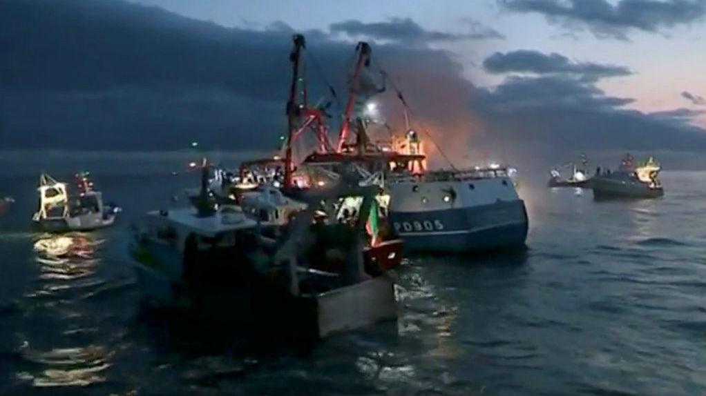 """台媒:英法渔民为扇贝""""大打出手"""" 法国拟派军舰介入""""维和"""""""
