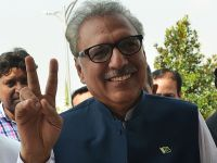 巴基斯坦举行总统选举 阿里夫·阿尔维获胜