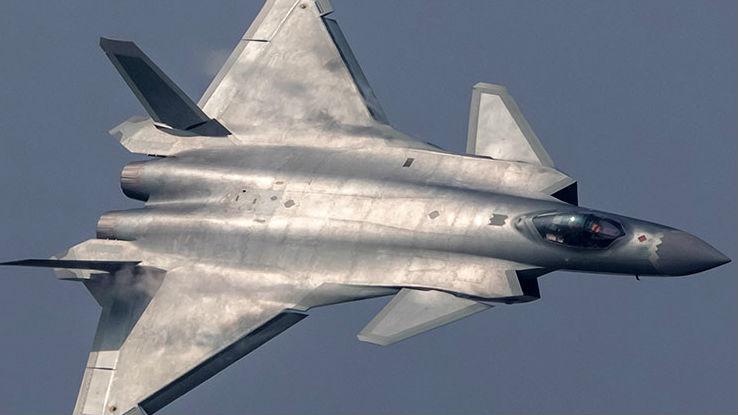 境外媒体:新型歼-20换装涡扇-15发动机 将于年底投入量产